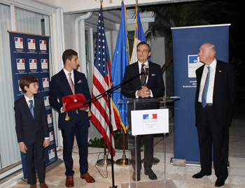 Speech of the French Ambassador, Gérard Araud at the award ceremony recognizing Mr. Laurans Mendelson, CEO of Heico Corp. - JPEG